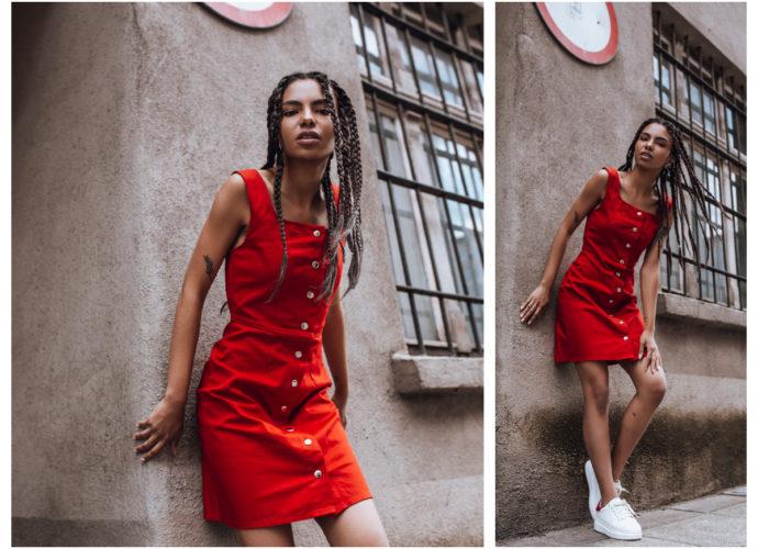 Dopasowana sukienka na co dzień czerwona